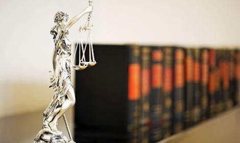 Op zoek naar een deskundige strafrecht advocaat? AHL Advocaten staat u graag bij.
